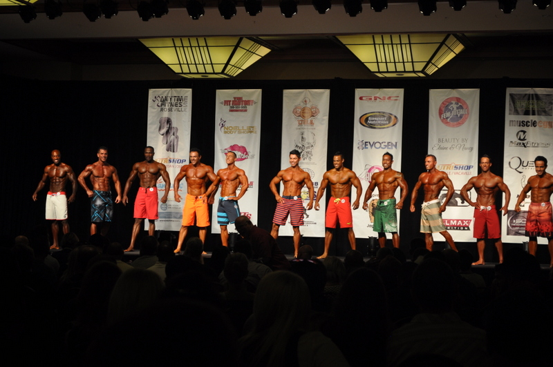 physique competition men