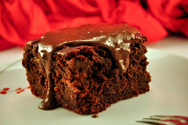 http://www.whatrunslori.com/2011/02/decadent-double-chocolate-beets-hidden-in-the-cake/