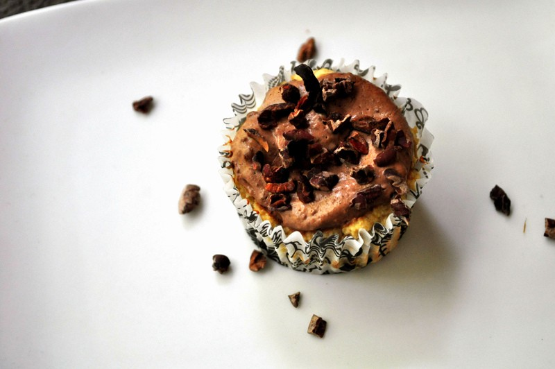 Paleo Greek Yogurt Cupcakes