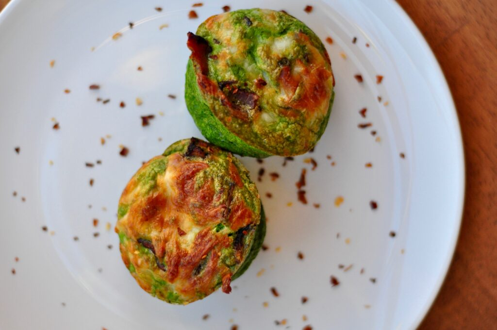 Paleo Green Egg Cups -whatrunslori.com