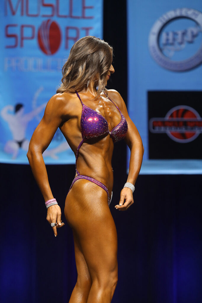whatrunslori figure competition